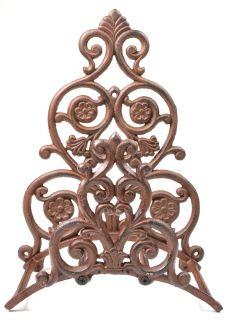 """Cast Iron Garden Hose Holder - Victorian Floral & Spade Pattern - 13.25"""" Tall"""
